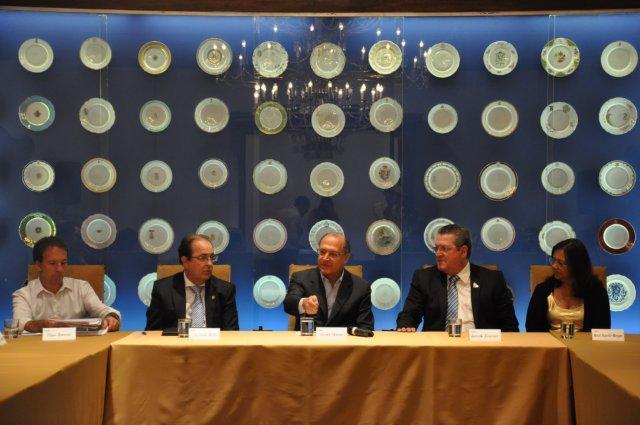 Alckmin mantém produtiva audiência com comerciários do Estado