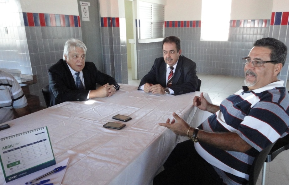 Diretoria da CNTC visita Fecomse em Aracaju